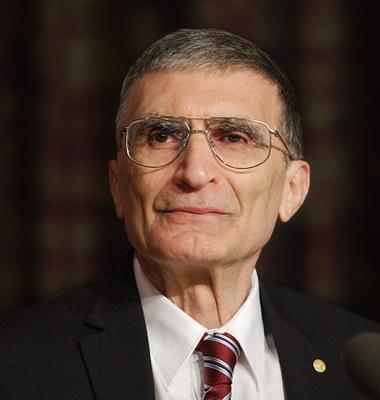 Aziz Sancar 2015 Nobel photo color