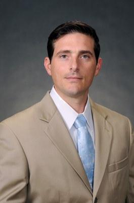 Dr. Antonio Amelio, headshot