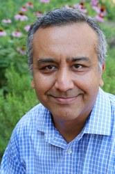 Dr. Javed Mostafa, headshot