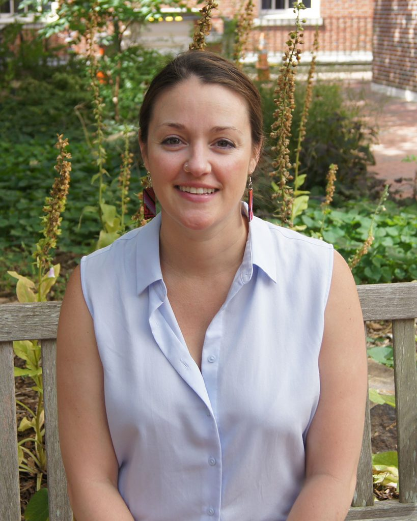 Lindsey Buckingham, MD