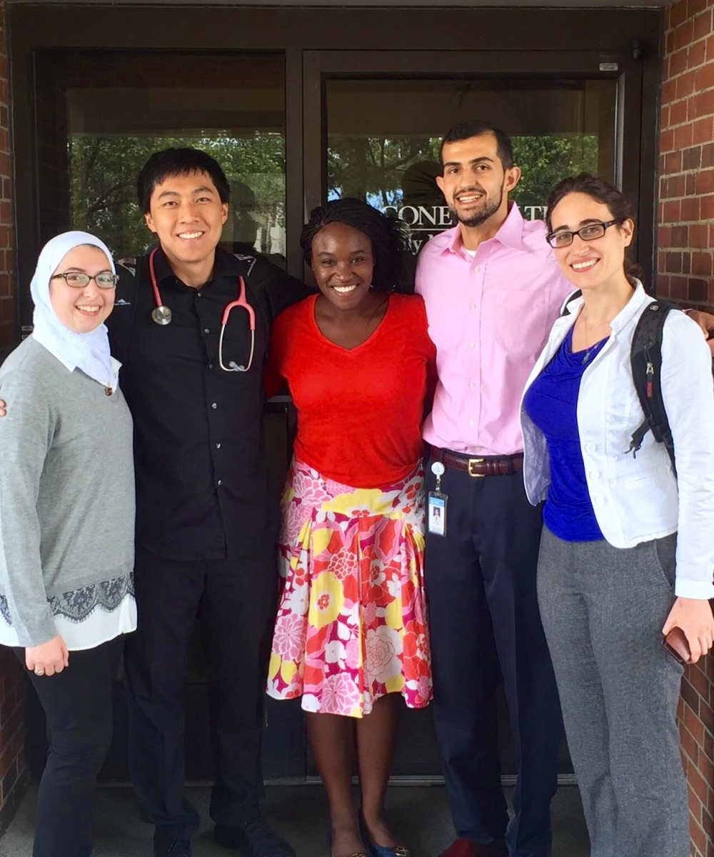 NC Schweitzer Fellows Yousef and Nicole continue their work with refugees
